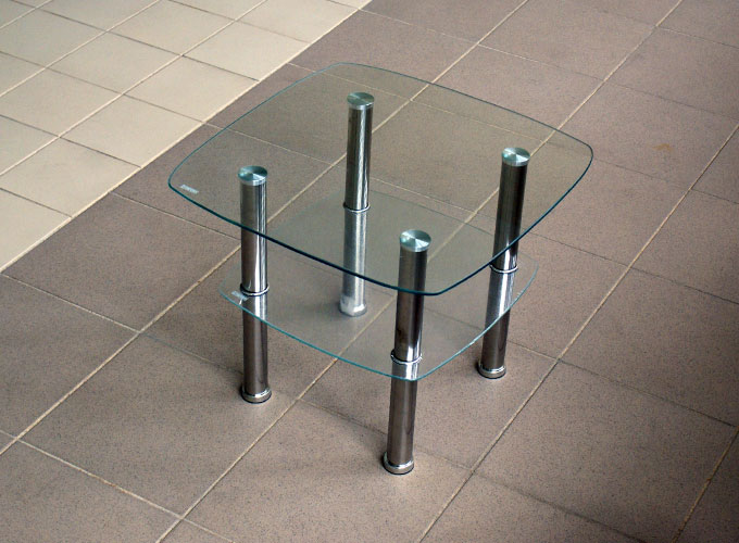 Журнальный столик из стекла D-5 1