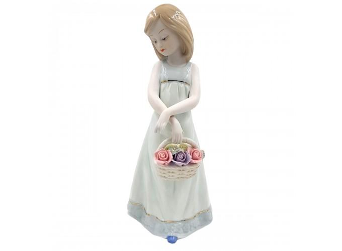 Статуэтка из фарфора  Арт.HP140 (девочка с корзинкой)